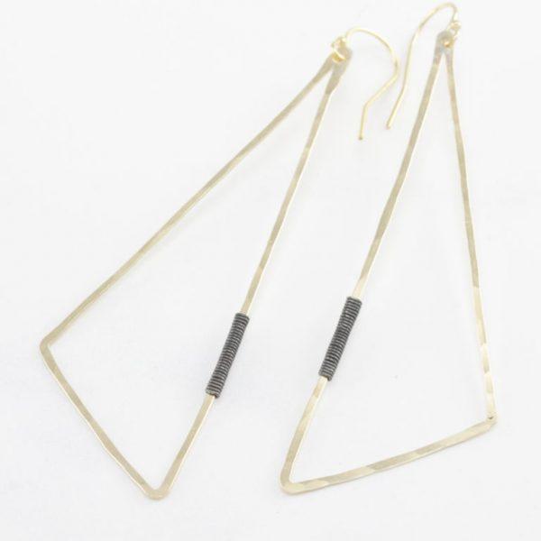 triangle Penna earring by bohemi