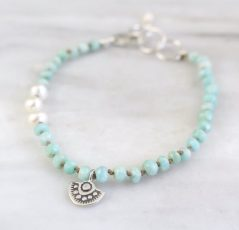 Wanderer Mini Charm Pearl & Amazonite Knotted Bracelet Sarah Deangelo