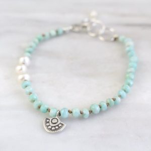 Wanderer Mini Charm Pearl & Amazonite Knotted Bracelet Sarah Deangelo